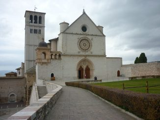 Assisi senza rifiuti