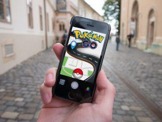Solrock e Lunatone Pokémon
